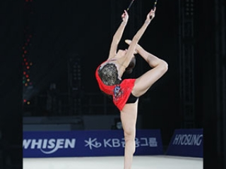 Clubs in Rhythmic Gymnastics